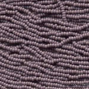 Czech Glass Seed Beads - Size 11/0 - 1 Hank x Light Purple